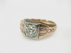 Art-Deco-Diamond-Solitaire-Ring